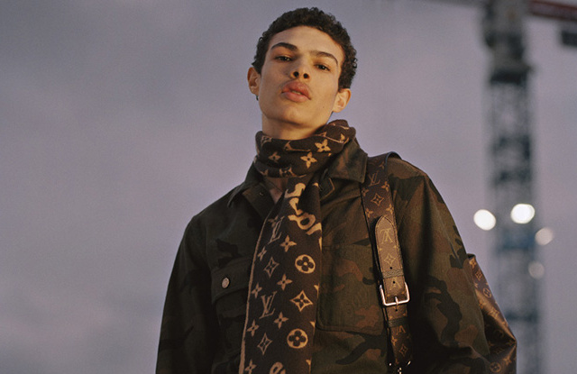 Must See Pictures from the Iconic Louis Vuitton x Supreme Collaboration