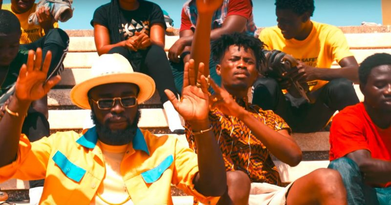 """Watch M.anifest and Kwesi Arthur bask in the sunlight for their """"Feels"""" music video - The Native"""