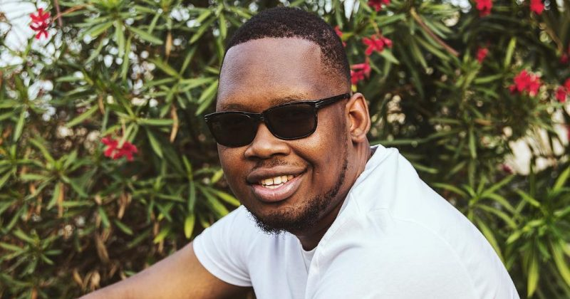 "Hear Ajebutter22's charming description of romance on ""Lagos Love"" - The Native"