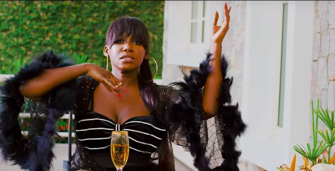 """Watch the music video for Niniola and Sarz's """"Designer"""" hit single"""