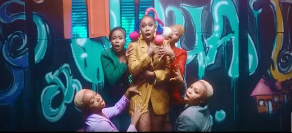 "Watch The Flamboyant Video For Niniola's ""Boda Sodiq"""