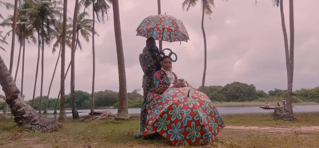 """Yemi Alade shares 'Woman of Steel' album with African romanticizing music video for """"Home"""""""