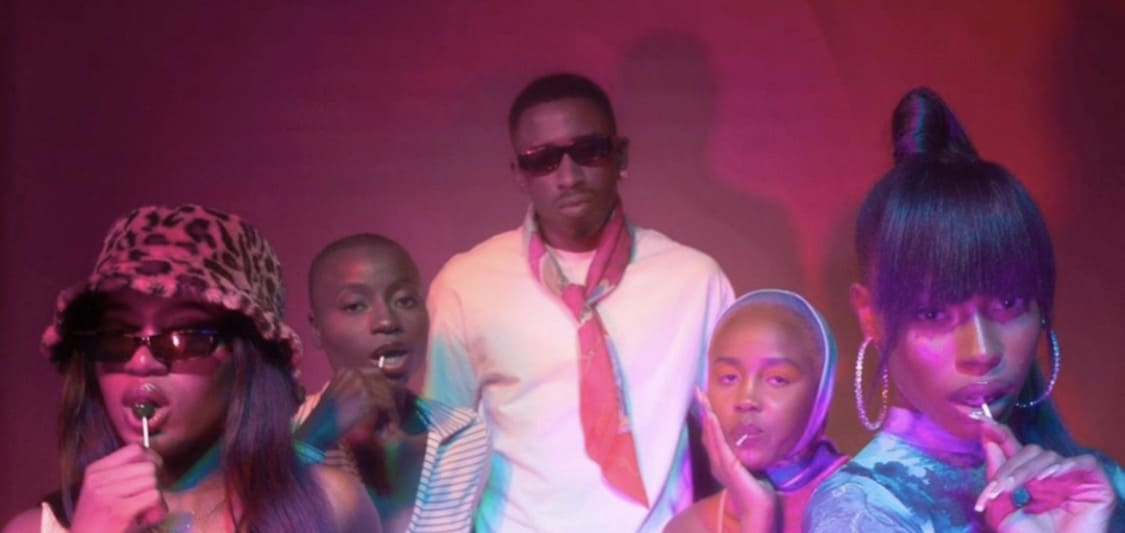 """Watch Zamir and Amaarae in the colourful music video """"Munchies"""""""
