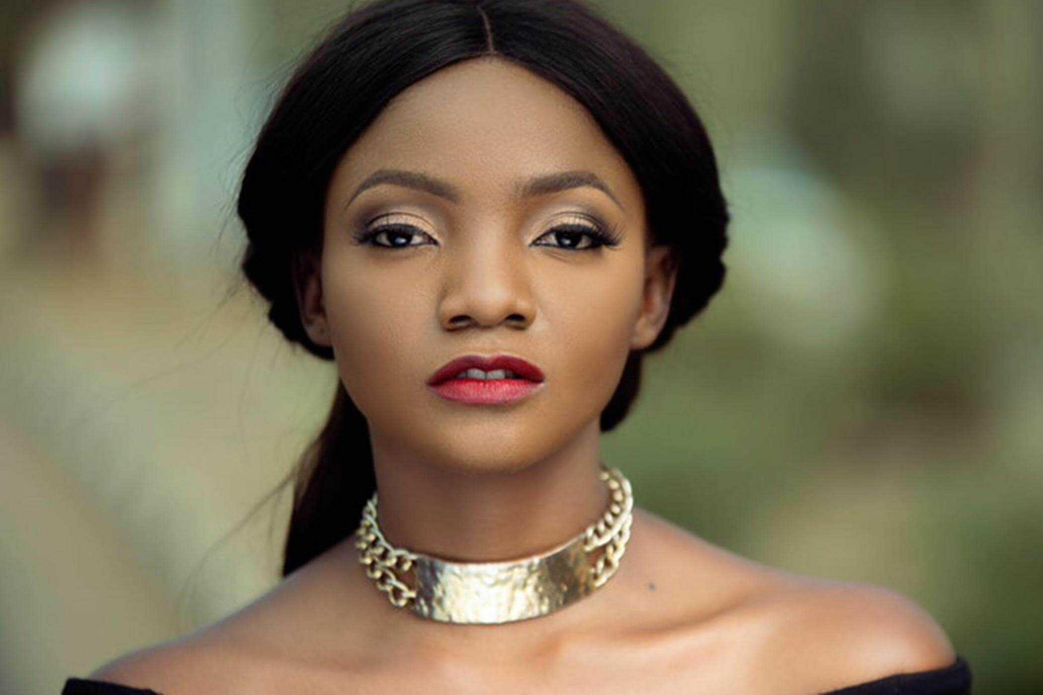 Why you might be cynical about Simi's apology to the LGBTQ+ community
